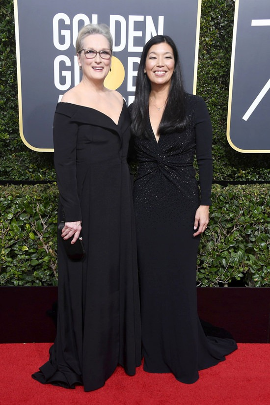 Meryl-Streep-Ai-jen-Poo-Golden-Globes-2018-Red-Carpet-Fashion-Vera-Wang-Tom-Lorenzo