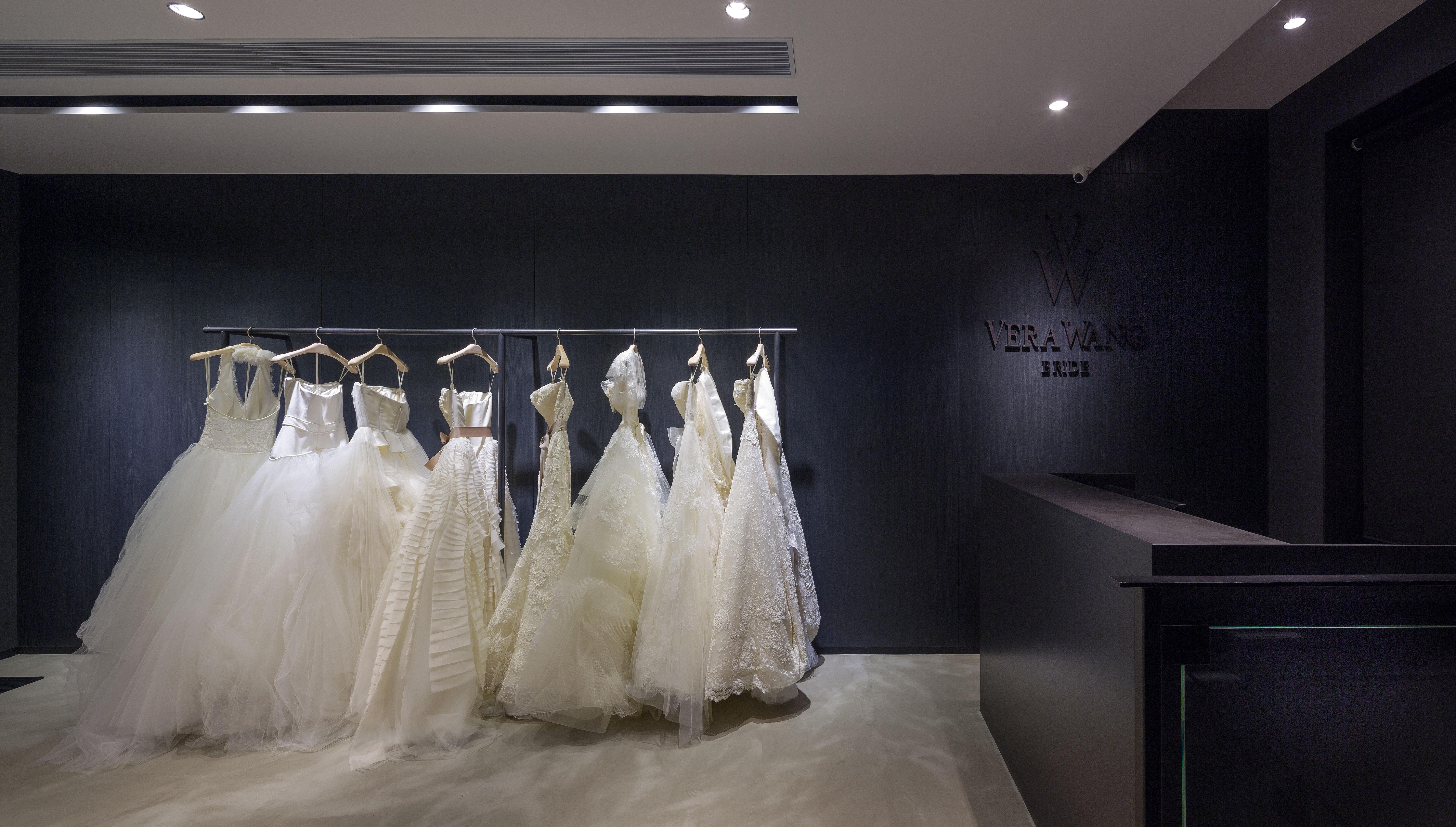 Vera Wang Wedding Gowns Hong Kong | Central Weddings